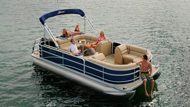 Pontoon Rentals - Little River